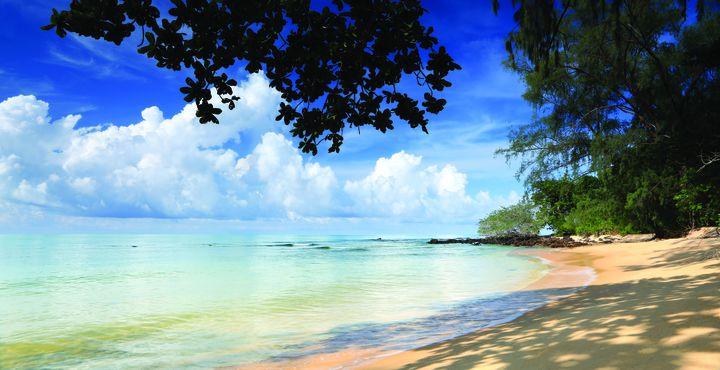 Der feinsandige Strand ist nur wenige Schritte von Ihrer Unterkunft entfernt.