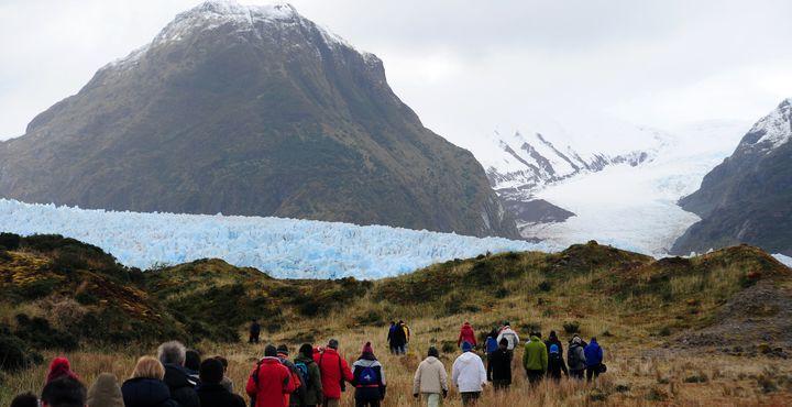 Ein Höhepunkt ist die Wanderung zum Gletscher Amalia. Bewundern Sie die Landschaft um Sie herum.