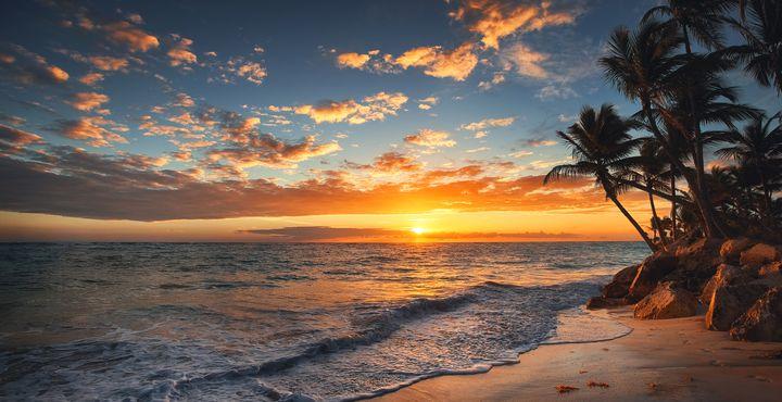 Eine der schönsten Inseln erwartet Sie am Abend mit einem Barbeque am Strand.