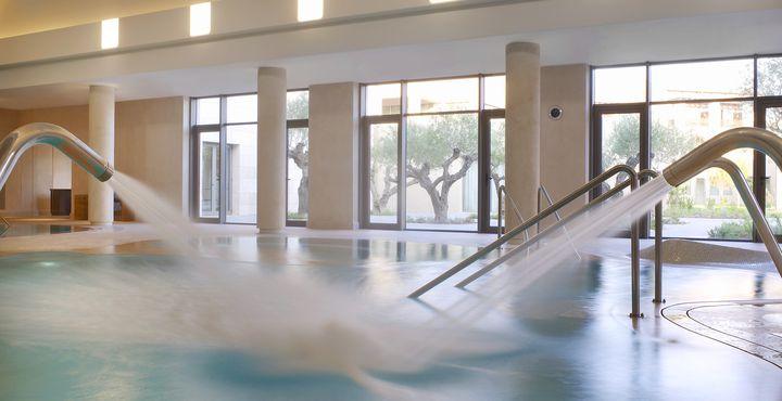 Im Anazoe Spa können Sie einfach mal die Seele baumeln lassen. Hydrotherapien, Schwebepools und viele verschiedene Massagen erwarten Sie.