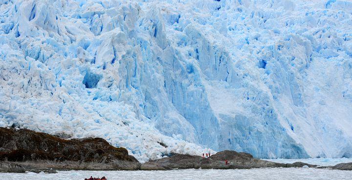 Anschließend steuern Sie Ihr nächstes Ziel, den Gletscher El Brujo, an.