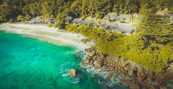 An Tag acht heißt es Abschied nehmen von den Tieren Südafrikas und willkommen auf den Seychellen - im Carana Beach Hotel.
