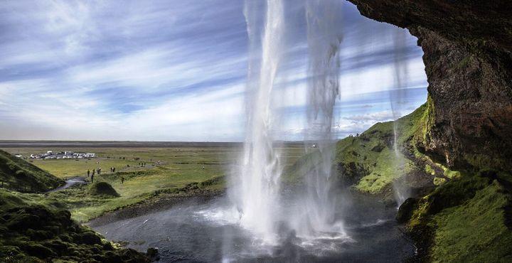 Atemberaubende Landschaften und ein wunderschönes Panorama - Island empfängt Sie mit seinen zahlreichen Abenteuern.