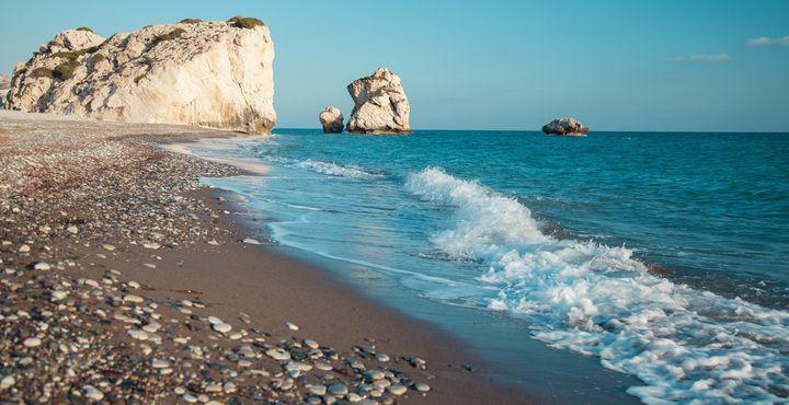 Kennen Sie die Legende, die besagt, dass die Liebesgöttin Aphrodite hier in Petra tou Romiou erstmals das Land betreten hat?