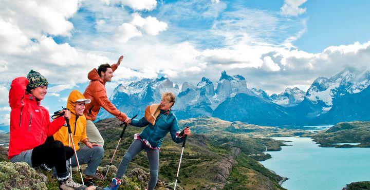Wolken ballen sich zu Zuckerwattekunstwerken zusammen & im nächsten Moment landen Sie in Chile - Ihr Abenteuer beginnt. Bild: www.chile.travel