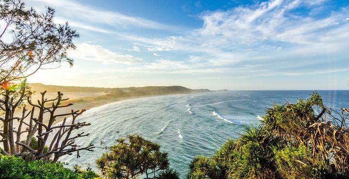 """Von Hervey Bay aus sollten Sie unbedingt einen Ausflug auf die vor der Küste gelegene Insel """"Fraser Island"""" machen."""